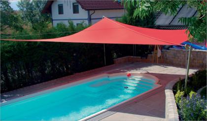 Sonnensegel als Pool-Beschattung